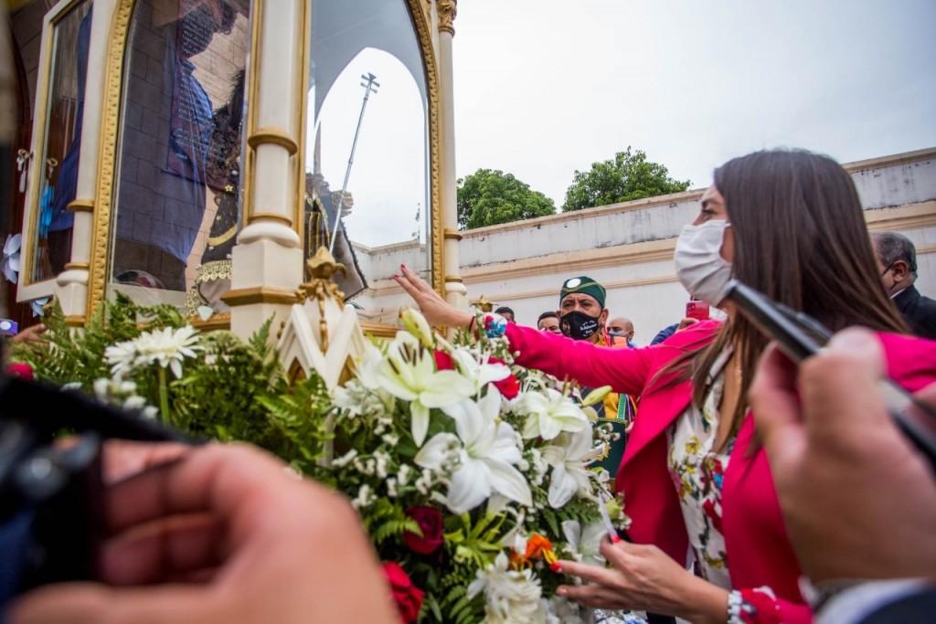 Florencia López participó de la despedida de San Nicolás y el Niño Alcalde