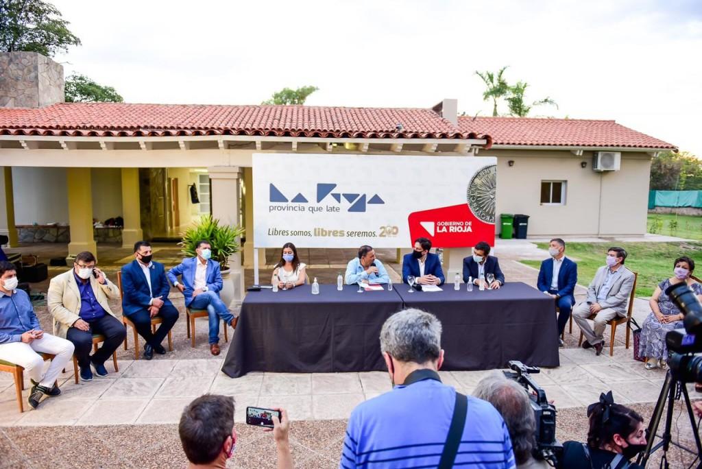 Nicolás Trotta anunció obras por más de mil millones de pesos para La Rioja