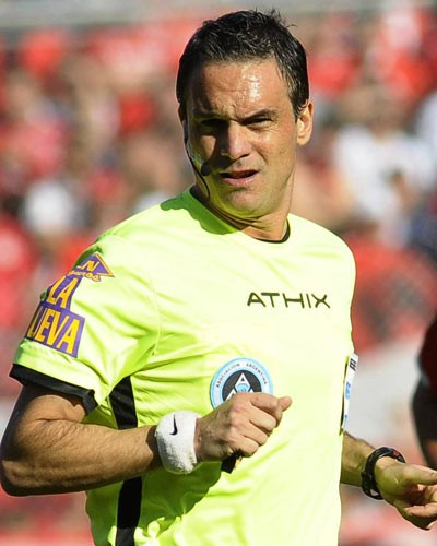 Loustau dirigirá la final de la Copa Libertadores entre Palmeiras y Santos