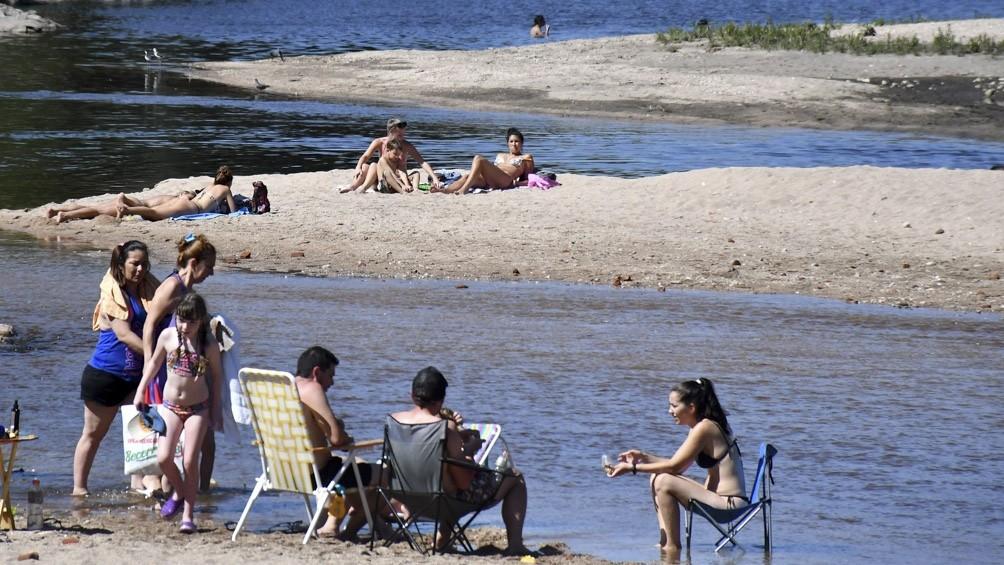 Coronavirus: bajaron los casos en los principales centros turísticos de Argentina