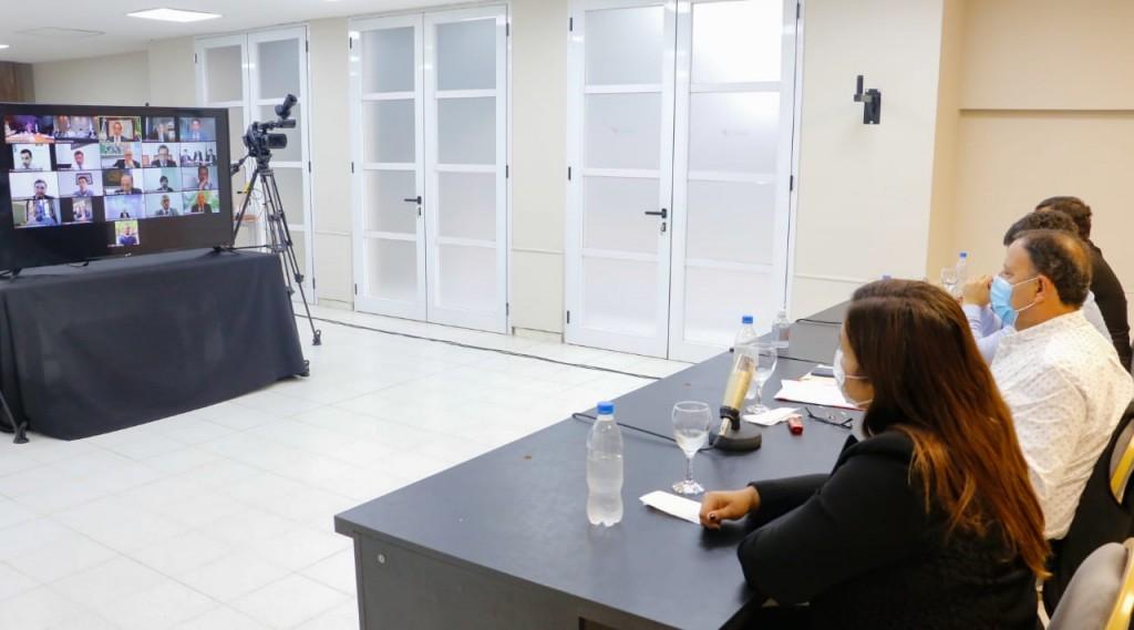 Quintela se reunió con Scioli para avanzar en la exportación de productos regionales a Brasil