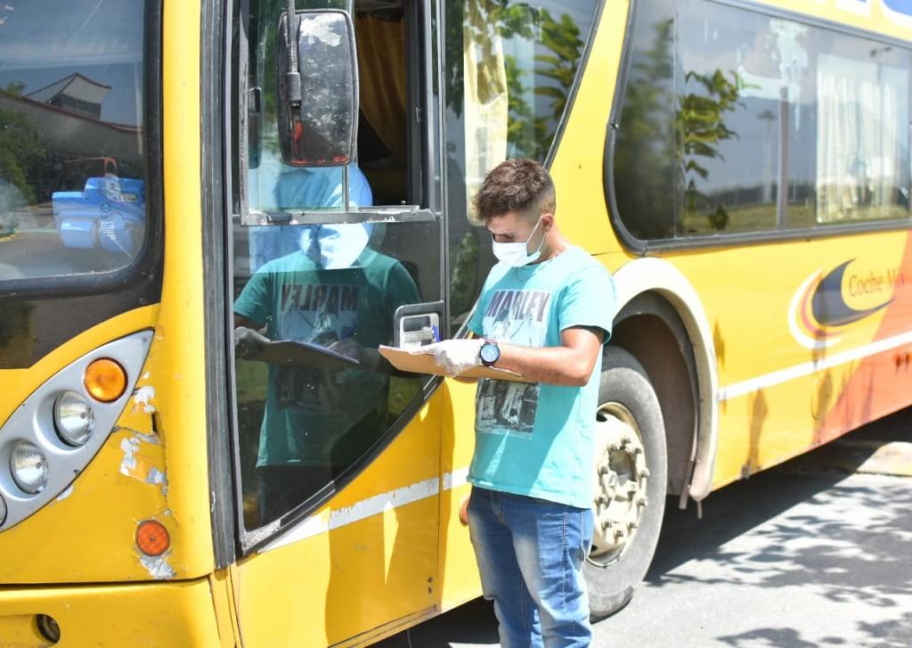 Quintela dispuso la reducción de ventas de boletos del transporte interurbano