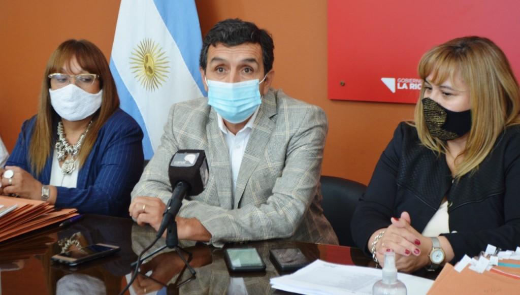 """Son decisiones contundentes e históricas"", dijo el ministro Martínez"