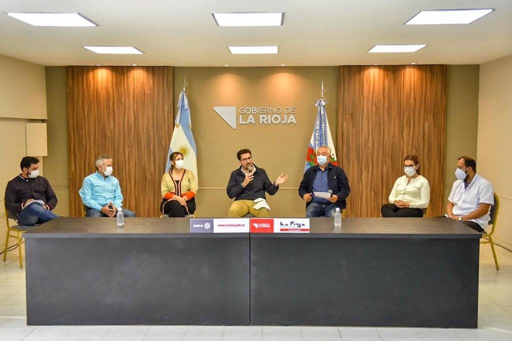 Gobierno anuncia las medidas que implementará La Rioja
