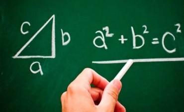 Ministerio de Educación realiza capacitación en matemáticas para escuelas secundarias