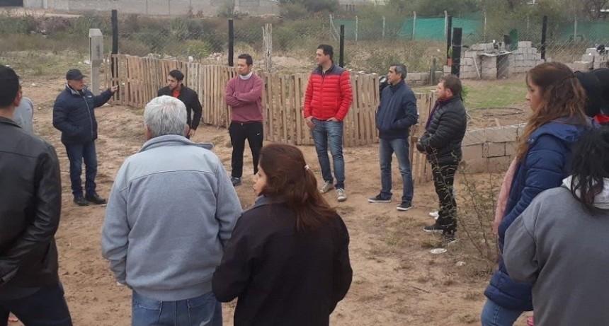 Paredes Urquiza visitó la zona oeste para avanzar en obras para el sector