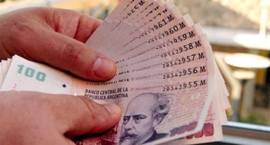El miércoles comienza el pago de haberes con el incremento anunciado por el gobierno