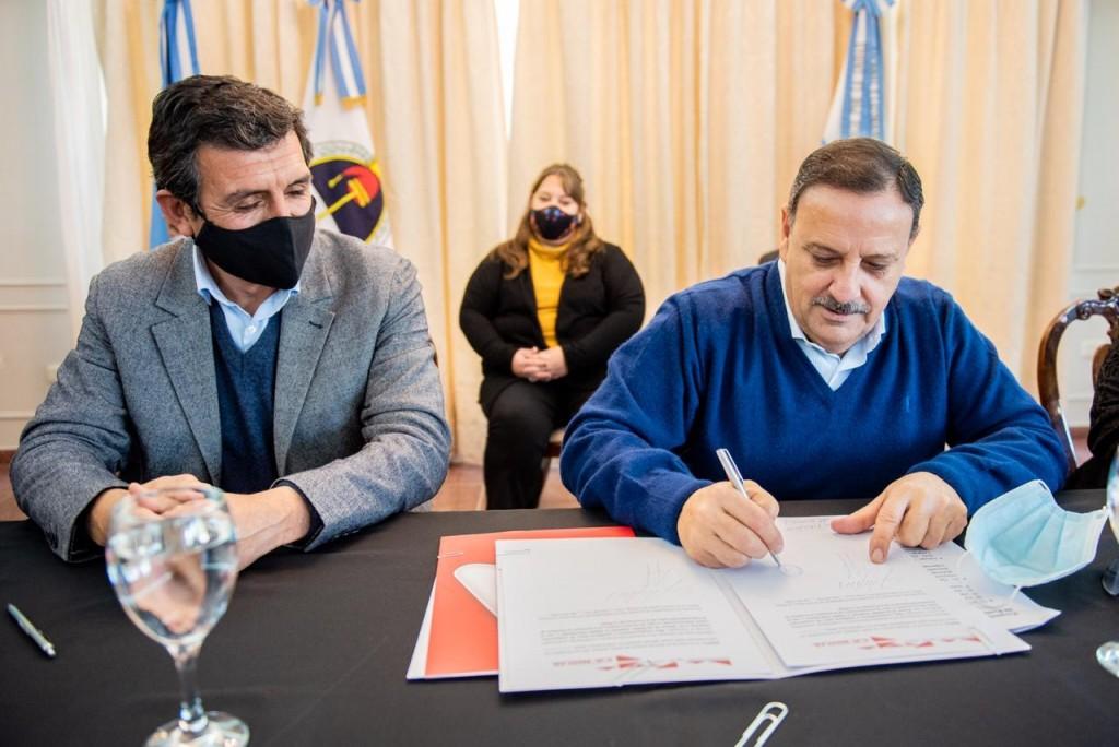 La Rioja y Catamarca digitalizarán el sistema educativo