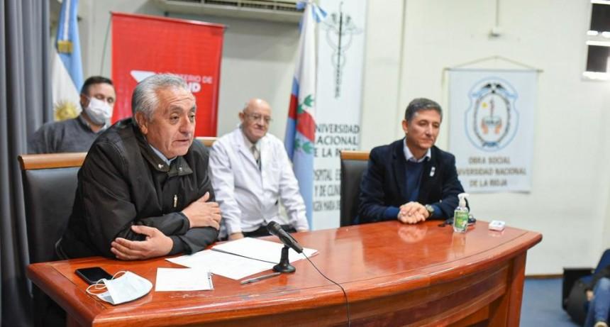 La Nación, la Provincia y la UNLaR acordaron fortalecimiento del Hospital Universitario.