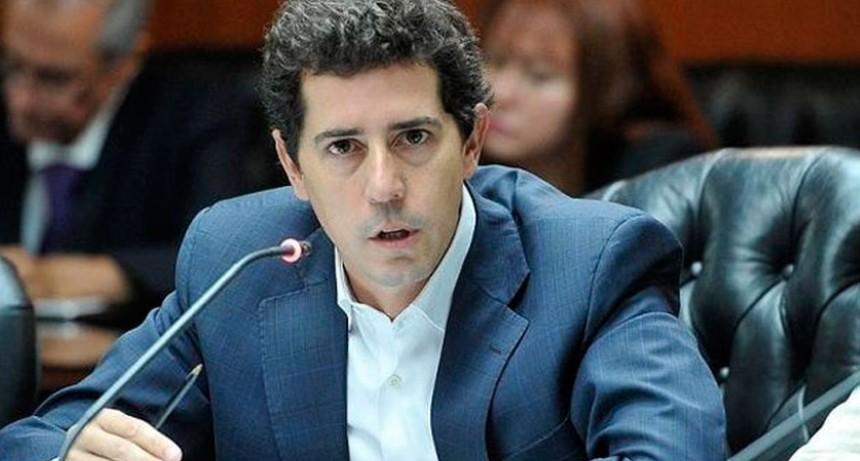 Wado de Pedro se solidarizó con periodistas agredidos en el