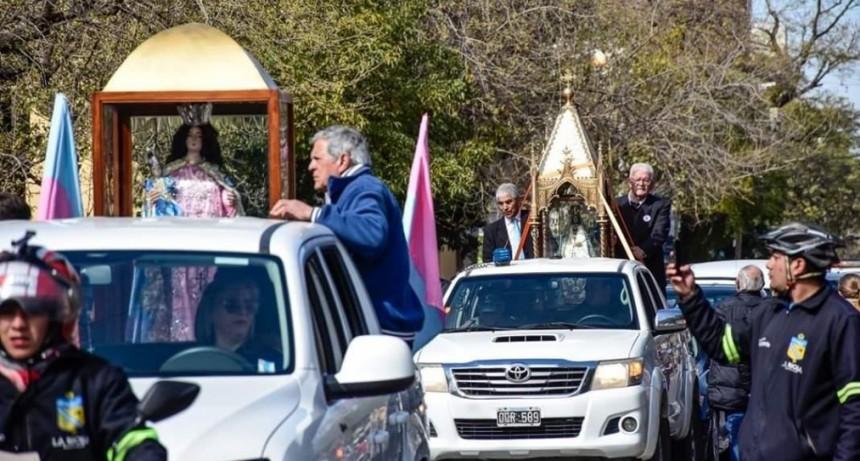 Los riojanos recibieron las imágenes de la Virgen del Valle y de Polco