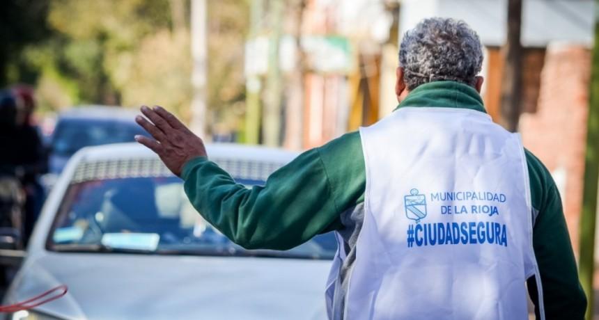 Municipio coopera en los controles de circulación junto al COE