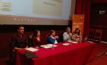 Charla sobre Acceso a la Información Pública en la UNLaR