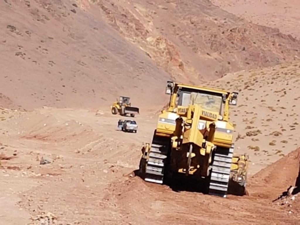 Camino a Chile: Vialidad trabaja en la Cuesta de la Troya y El Peñón