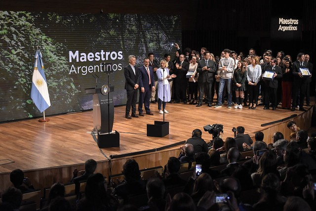 Macri y Finocchiaro premiaron a los mejores