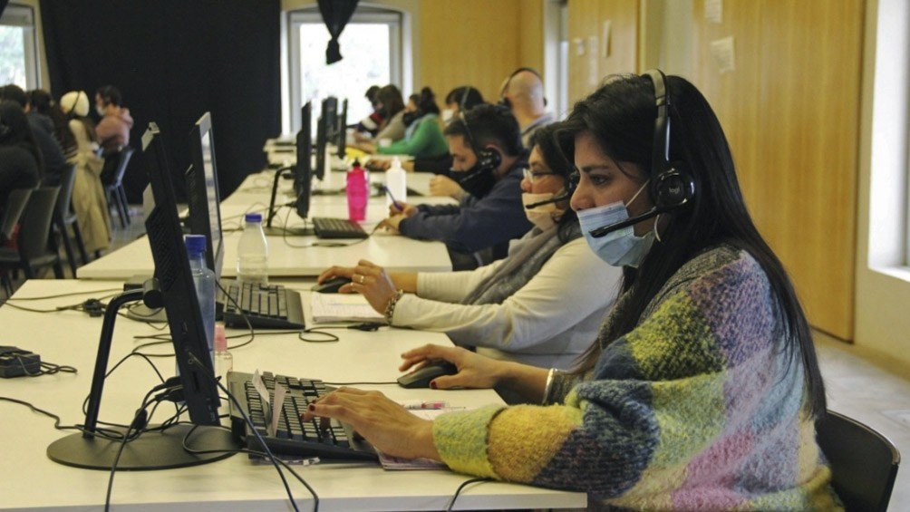 Los 0800 Covid implementados por 12 provincias reciben de 200 a 3.500 llamadas por día