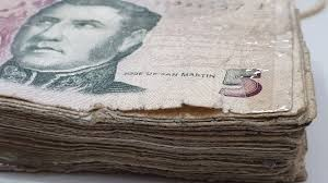 Se extiende el plazo para canjear los billetes de 5 pesos