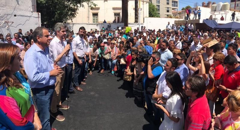 Marcos Peña elogió la transformación de la capital y criticó al gobierno provincial