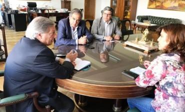 Dirigentes de Cambiemos - FCR consiguieron iluminación Led para 4 departamentos de la provincia