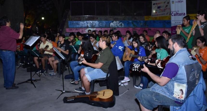 Agencia municipal de cultura brindó un concierto