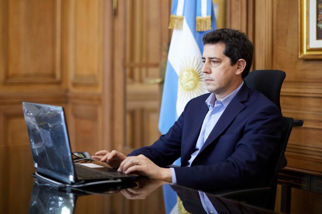 Wado de Pedro y Carreras analizaron la situación sanitaria en Río Negro