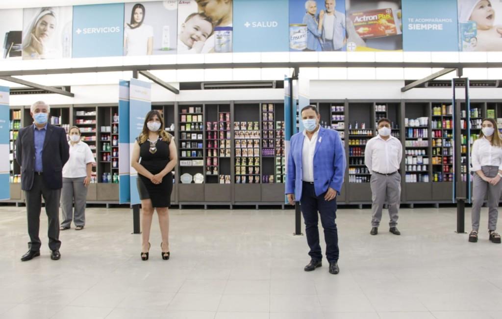 Quintela inauguró la nueva farmacia de APOS