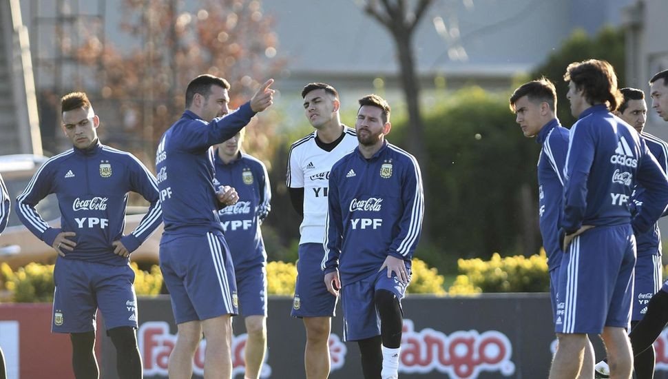 FIFA: Argentina ascendió un puesto en el escalafón mundial