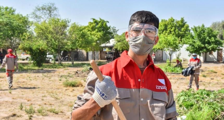 Gobierno articula acciones contra el dengue en Barrio Cementerio