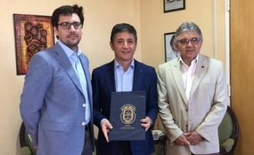 Educación ofreció en comodato instalaciones educativas para el funcionamiento de la Delegación de la UNLaR en Olta
