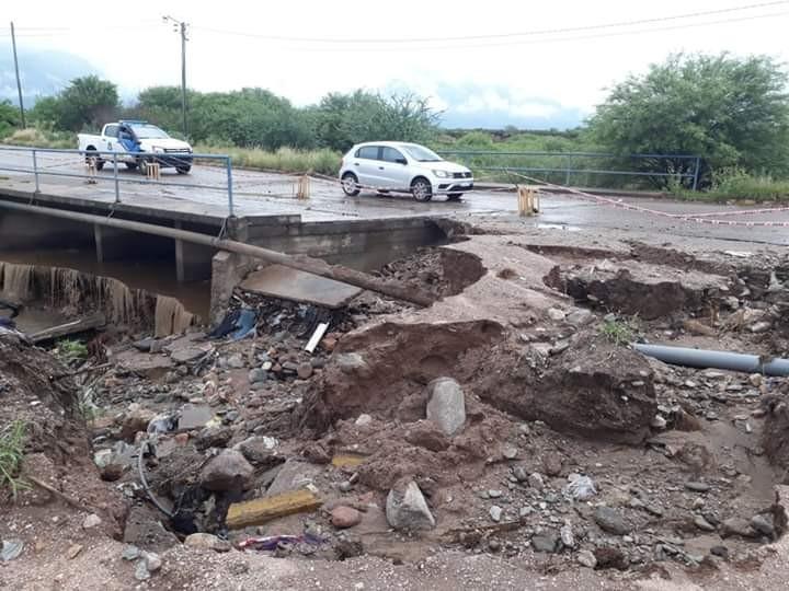 Gobierno provincial asistió a más de 500 familias afectadas por las lluvias