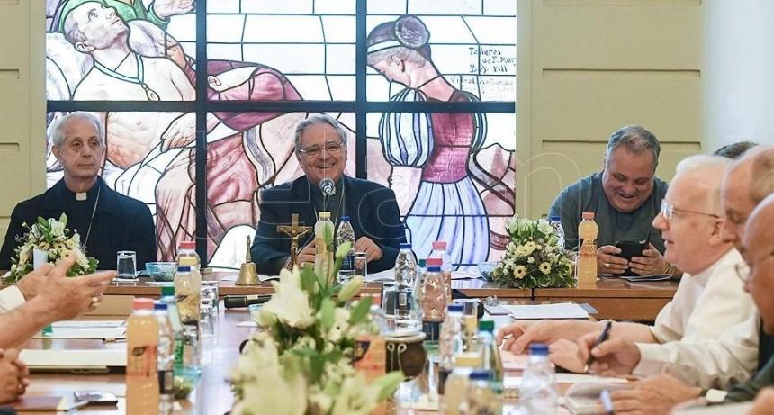 La Conferencia Episcopal Argentina pidió por