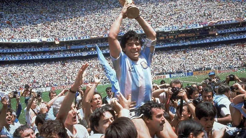 Maradona fue operado exitosamente