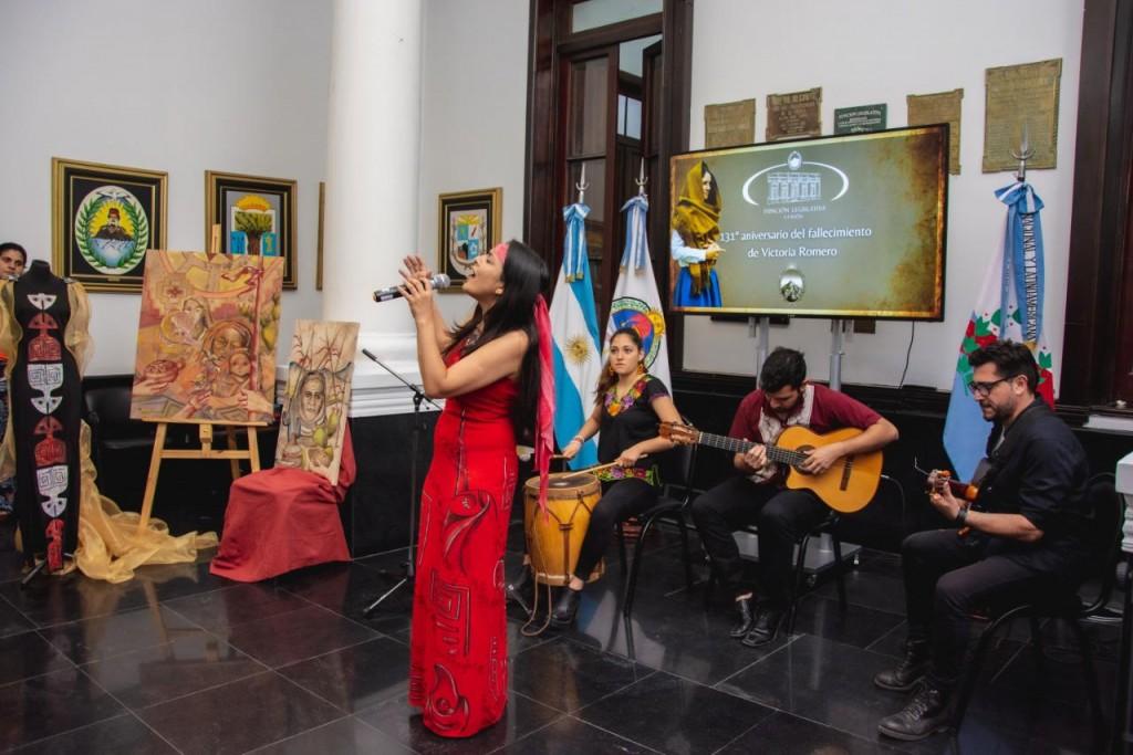 Homenaje a Victoria Romero en la Cámara de Diputados