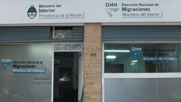 Migraciones cesanteó a 49 empleados por faltas graves y denuncias