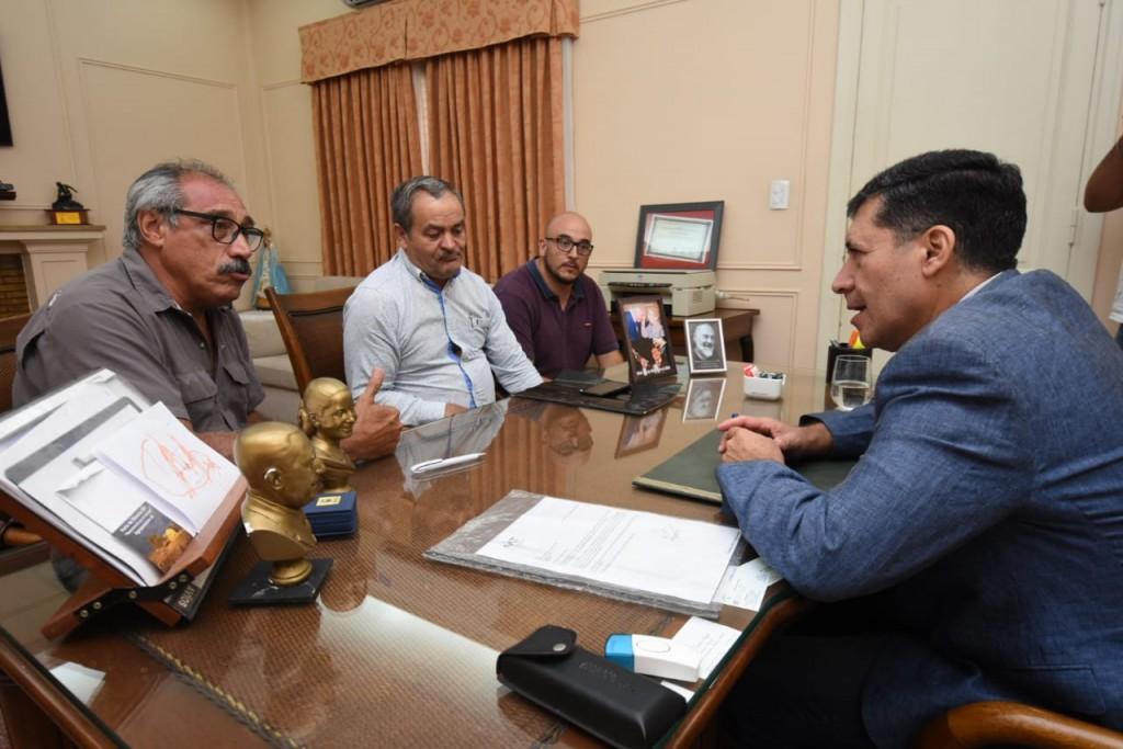 El gobernador instruyó a IPALaR para resolver el problema de agua en Facundo Quiroga