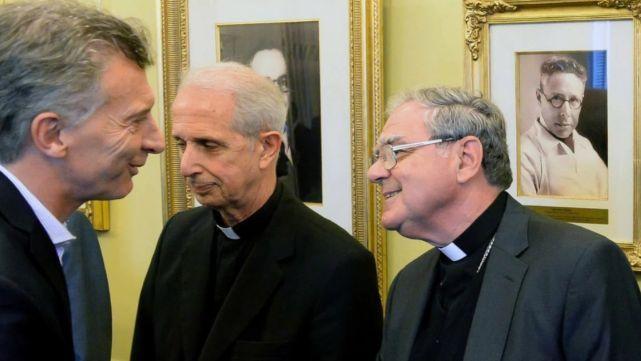 Cumbre del Gobierno y la Iglesia para analizar la situación del país