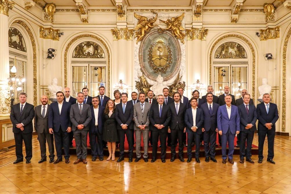 Quintela firmó Consenso Fiscal con Alberto Fernández