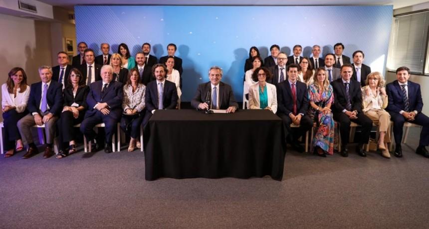 Alberto Fernández oficializó su gabinete