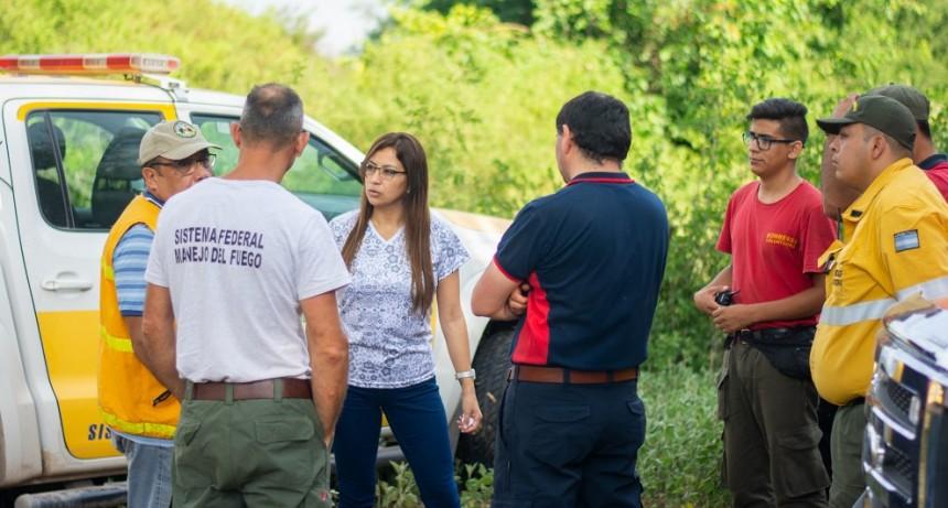 Provincia trabaja arduamente para sofocar el incendio en el Velazco