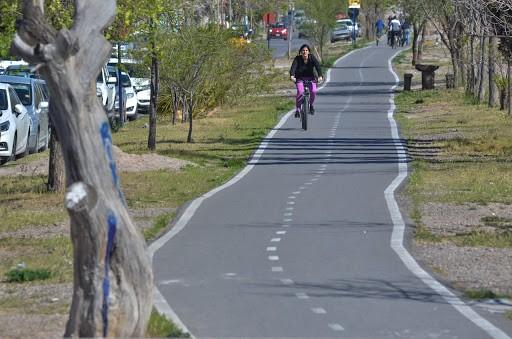 Avanzan en el código de ciclistas