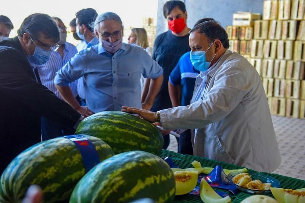 Visita del Ministro de Agricultura, Ganadería y Pesca, Luis Basterra