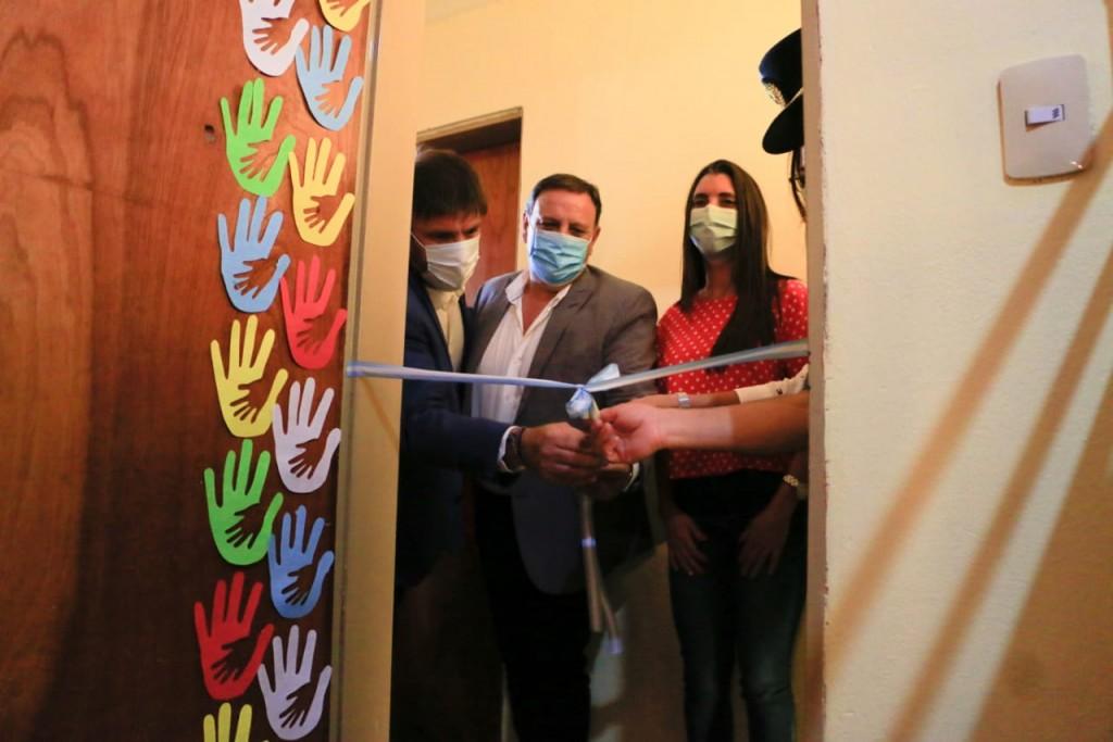 Quintela inauguró oficinas de violencia de género y protección del menor en Catuna