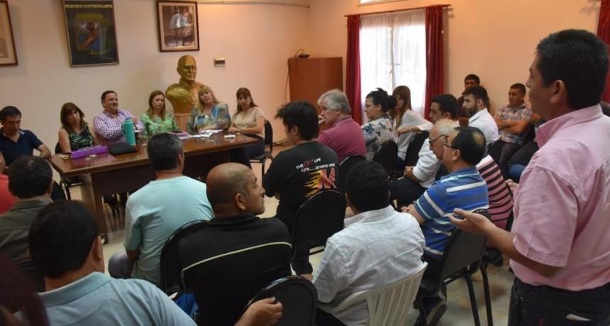 Enmienda Constitucional: Gremialistas apoyan la consulta popular y votan por el SI
