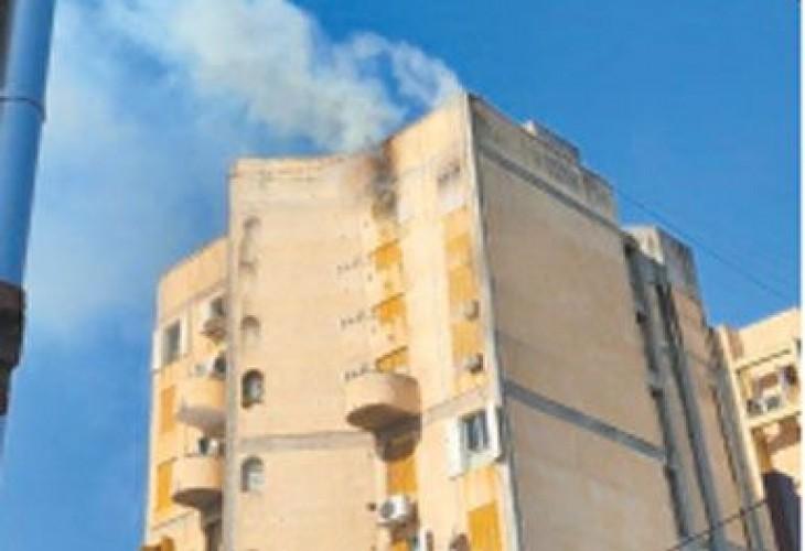 Se incendió parte de un edificio céntrico