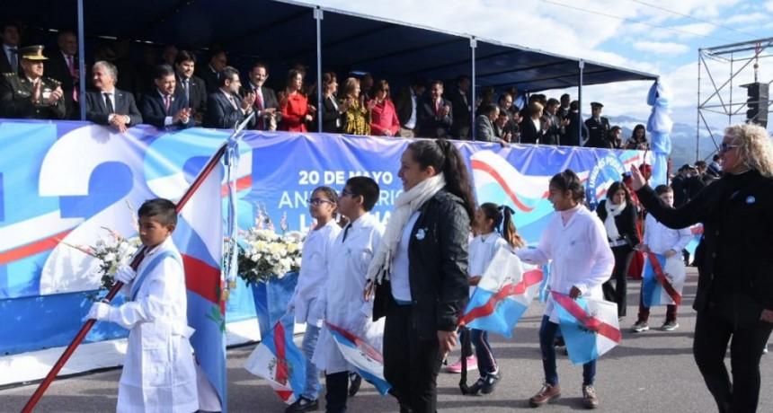 Sergio Casas encabezó el acto por el 428° Aniversario de La Rioja