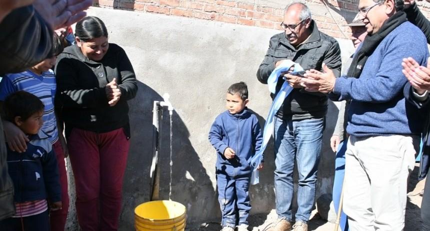 El gobierno provincial inauguró red de Agua Potable en el departamento Rosario Vera Peñaloza