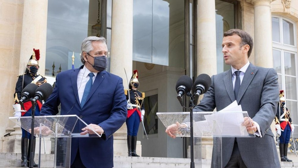 Fernández logró un fuerte apoyo de Macron para la Argentina: