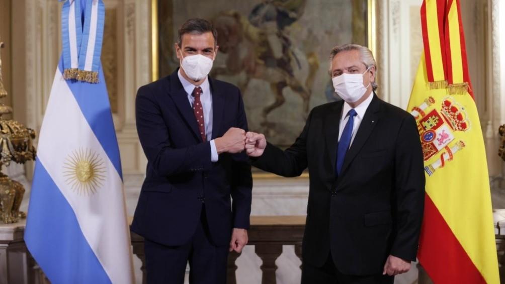Fernández y Sánchez ratificaron vínculos, apoyos y perspectivas de inversiones