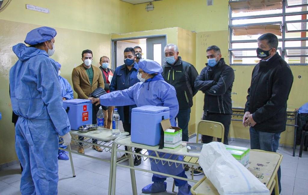 Famatina: El Ministerio de Salud realizó la entrega de un ecógrafo para el Hospital Ramón Carrillo