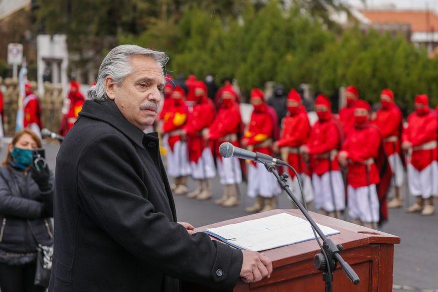 Alberto Fernández reivindicó la figura de Güemes a 200 años de su muerte